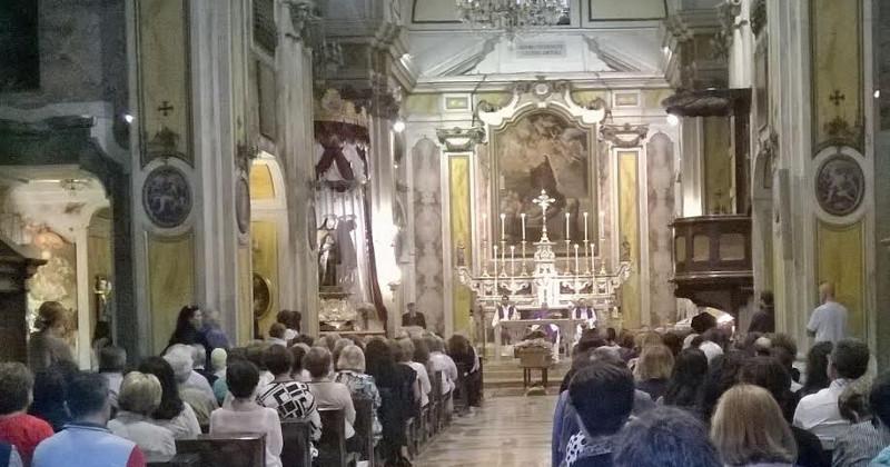 Massacro famiglia a Taranto: oggi l'estremo saluto a Federica ed Andrea