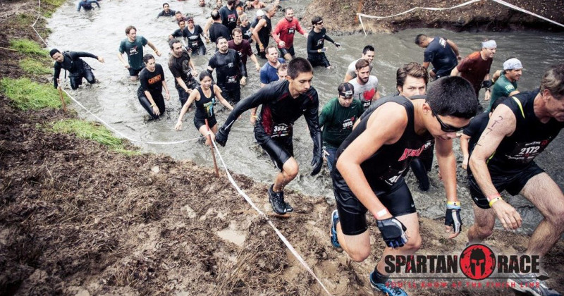 Jasmina Aleksandrov (FOTO) alla Spartan race di Taranto